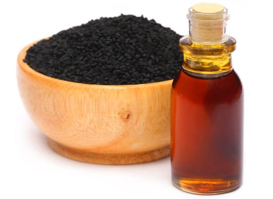 Ce tratează uleiul de negrilică